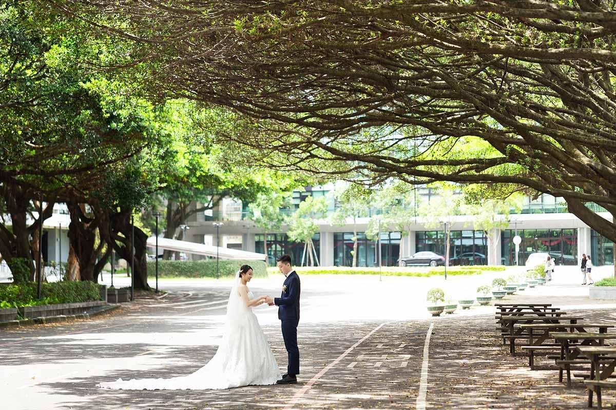 《桃園婚攝》抓住互動間的愛 / 綠光花園